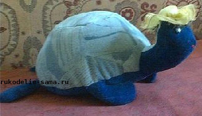 Декоративная подушка в виде черепахи