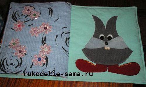 Декоративная подушка-книжка страница с зайцем