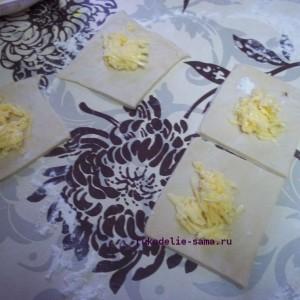 формируем пирожки с сыром