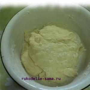Замешиваем тесто для печенья