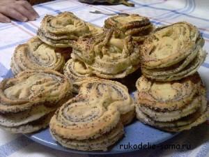 готовые булочки с маком
