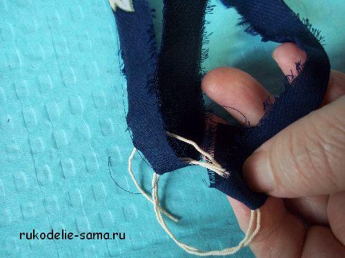 Плетение ковриков из полосок ткани на раме