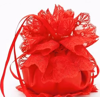 сумочка для невесты красный шелк