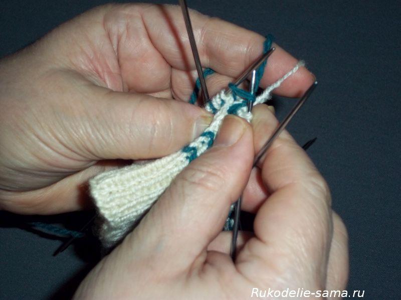 Вязание варежек узором-014