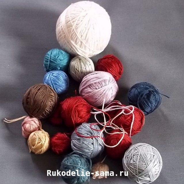 Разноцветные нитки для вязания сумки